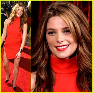 Ashley Greene: Red Hot on the Red Carpet