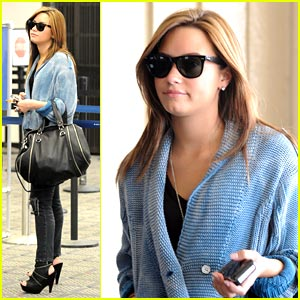 Demi Lovato: Camp Rock 2 Tour, Here I Come!