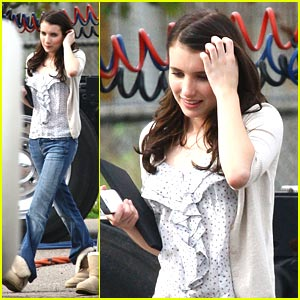 Emma Roberts on Scream 4 Set -- FIRST LOOK!