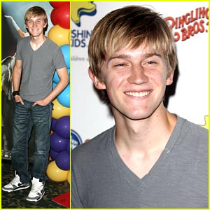 Jason Dolley Goes to the Circus