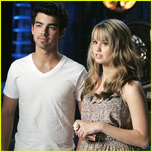 Joe Jonas & Debby Ryan: Oil Spill Stars