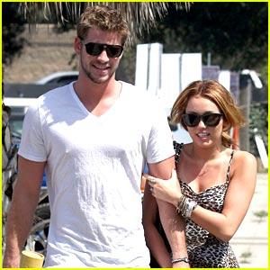 Miley Cyrus & Liam Hemsworth: Paty's Pair