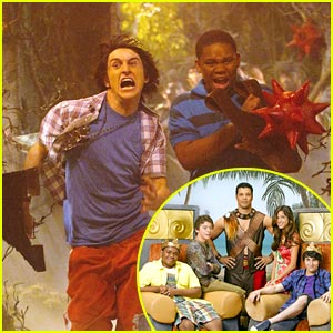 Mitchel Musso & Doc Shaw in Pair of Kings -- FIRST LOOK!