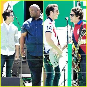 Jonas Brothers at Arthur Ashe Kids Days -- VIDEOS!
