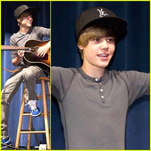 Justin Bieber Sings for Seminole High School