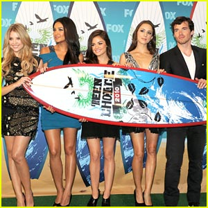 Pretty Little Liars WIN Choice Summer TV Show!