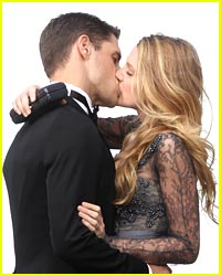 Blake Lively & Sam Page Steal Sweet Kisses