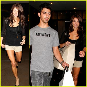 Joe Jonas & Ashley Greene: D&G Duo