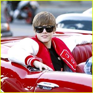 Justin Bieber is VMA Varsity