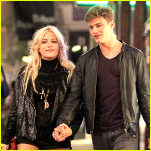 Pixie Lott & Oliver Cheshire: Sweetheart's Stroll