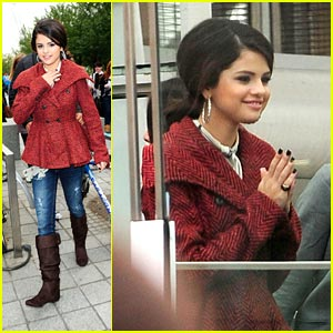Selena Gomez Has an Eye for London