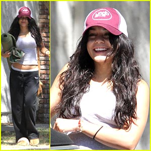 Vanessa Hudgens is Yoga Yummy