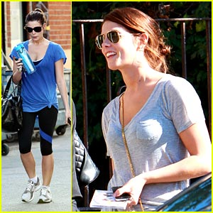 Ashley Greene: Breaking Dawn Blue