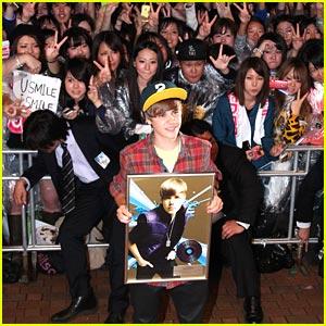 Justin Bieber Takes Over Tokyo
