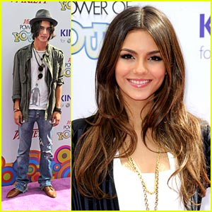 Victoria Justice: Girl Up! at Power of Youth 2010