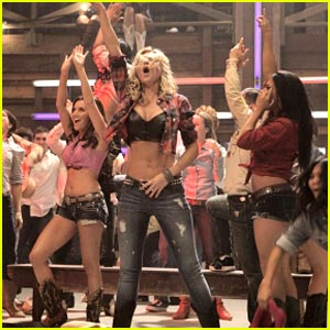 Ashley Tisdale &#038; Aly Michalka: Cheer Cow Girls
