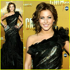 Julianne Hough: CMA Awards 2010