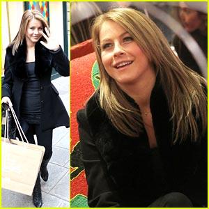Julianne Hough is Pretty in Paris