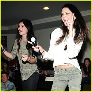 Kendall Jenner: 15th Birthday with Sony PlayStation!