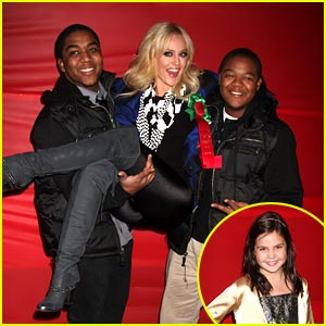 Kyle Massey & Bailee Madison: Hollywood Christmas Parade!