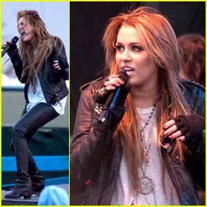 Miley Cyrus: Microsoft Music Maker