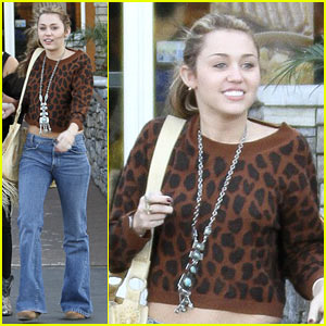 Miley Cyrus: Studio City Stylin'