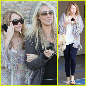 Miley Cyrus: Girls' Day Out with Mom Tish