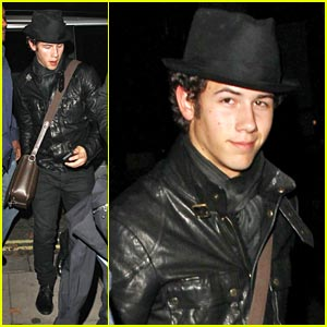 Nick Jonas: Help Me Sell 50,000 Dog Tags!
