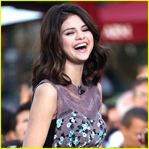 Selena Gomez Gets Giggly at the Grove