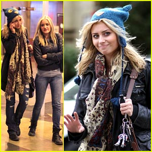 Aly & AJ Michalka have '127 Hours' to Shop!