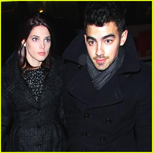 Ashley Greene Keeps Quiet about Joe Jonas Relationship