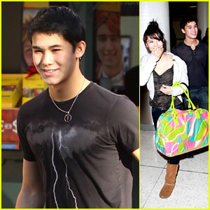 Booboo Stewart: Shopping at the Grove with Fivel!