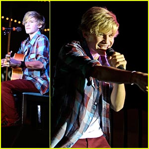 Cody Simpson: Christmas at Commerce
