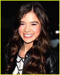 Hailee Steinfeld: From Model to Big Screen Actress