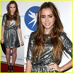 Lily Collins: Divine Design Gala Gorgeous