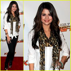Selena Gomez: Jingle Ball in Los Angeles!