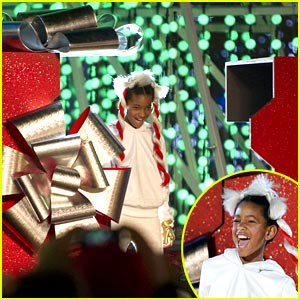 Willow Smith Lights Up L.A. Nokia Theatre