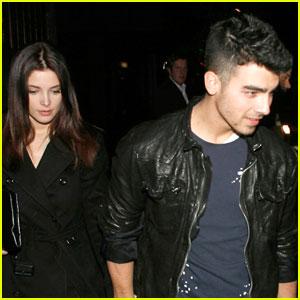 Ashley Greene & Joe Jonas: Premiere Pair
