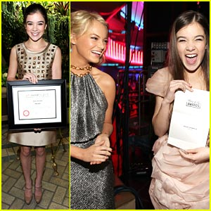 Hailee Steinfeld Wins Critic's Choice Award!