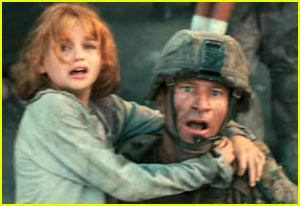 Joey King: New 'Battle: Los Angeles' Trailer!