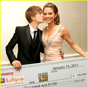 Justin Bieber: Stuff You Must Smooch for Maria Menounos