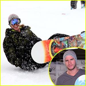 Liam Hemsworth: Sundance Snowboarder