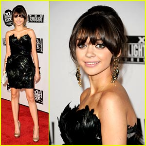 Sarah Hyland: Fox Searchlight Stunning