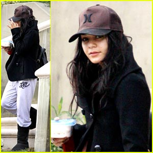 Vanessa Hudgens: Headed Back to LAX