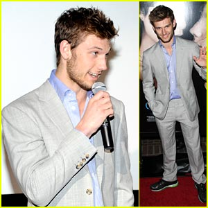 Alex Pettyfer: 'Beastly' Home Fire!