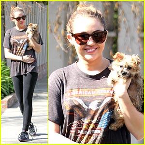 Miley Cyrus Debuts New Puppy