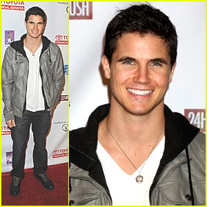 Robbie Amell: 'The Hunger Games' Gale?