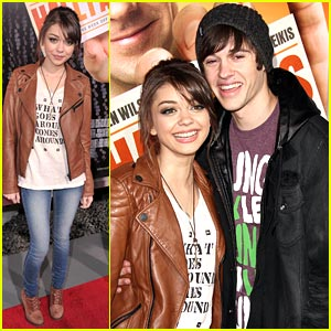 Sarah Hyland & Matt Prokop: Hall Pass Pair