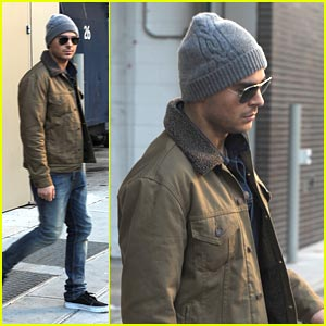 Zac Efron: 'New Year's Eve' in NYC!