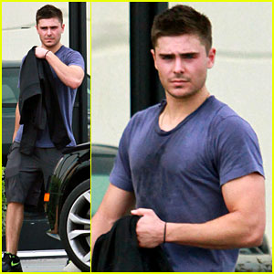 Zac Efron: Sweaty Gym Guy!